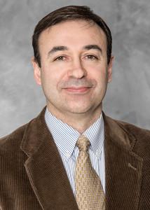 Dr. Daniel Pérez